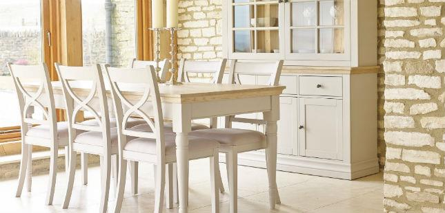 Blog Want To Give Your Dining Room A New Look