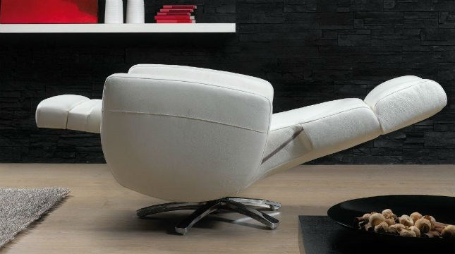 Swivel & Easy Chairs