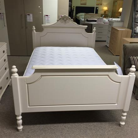 TCH Amore 4'6 Bedstead with High Foot End