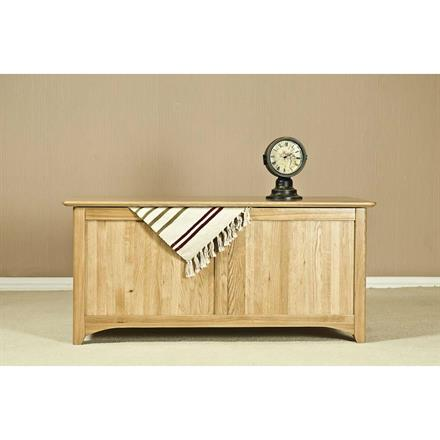Casa Oak Blanket Box