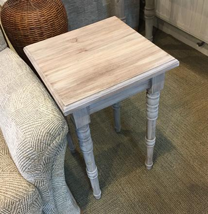 RUSTIC PINE Lamp Table