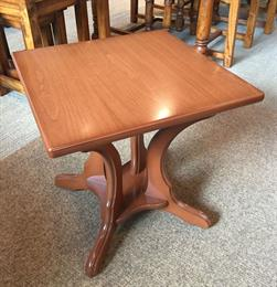 CHESTER Small Square Coffee Table
