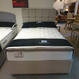 SEALY 4'6 Teramo 1400 Divan Set with 2 Drawers and Headboard