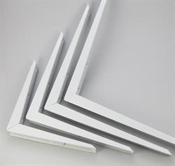 Newtech Mitred Brackets (white)