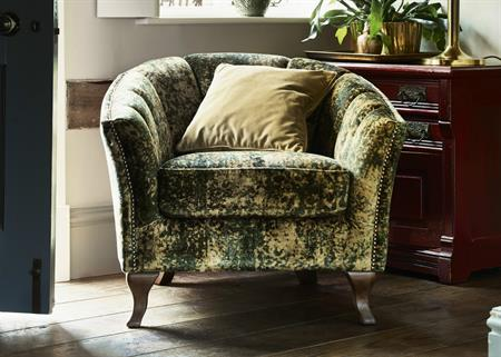 Alexander & James Betsy Accent Chair