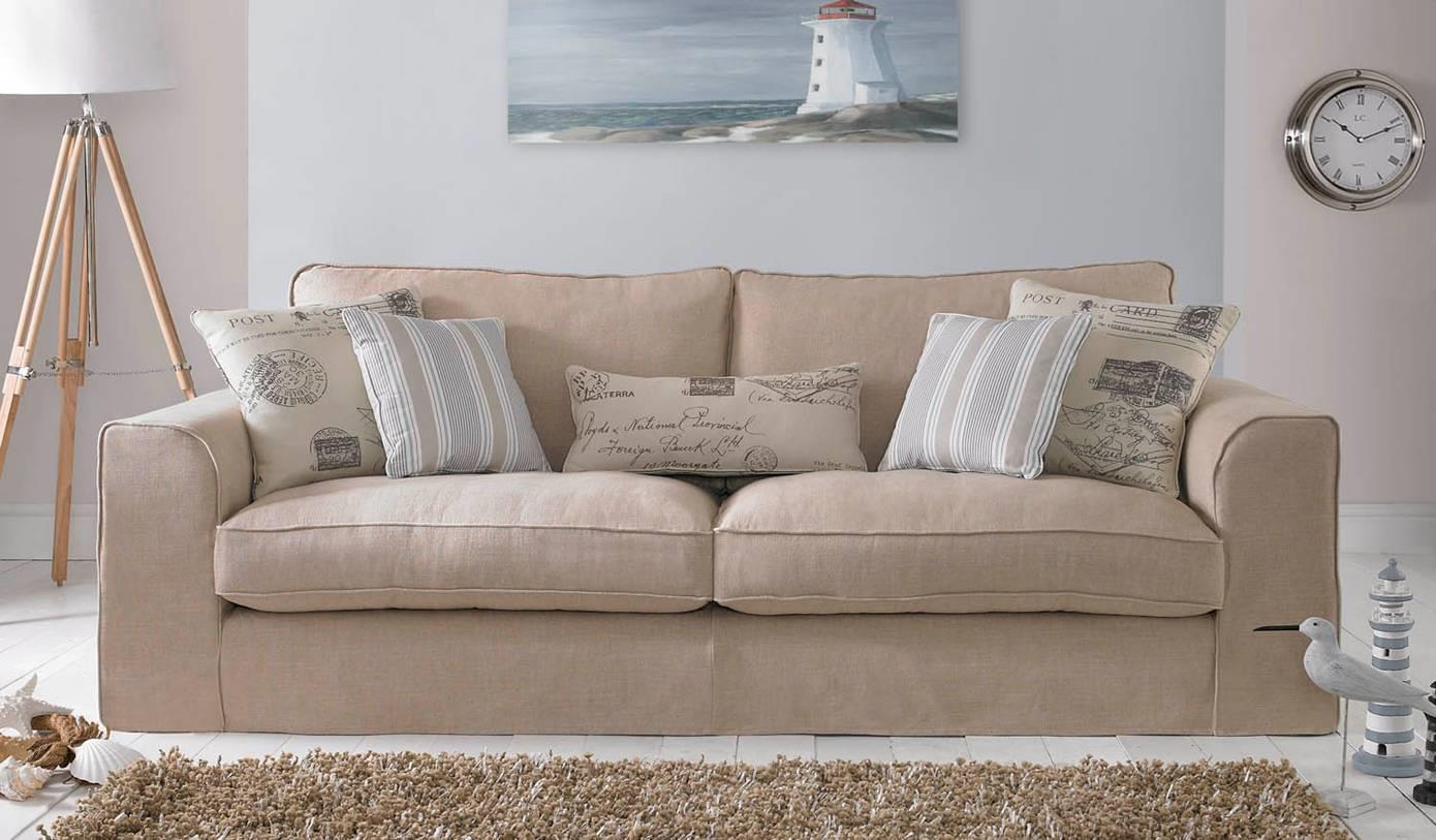 SAUNTON - 2 Seater settee Chic with Removable Covers