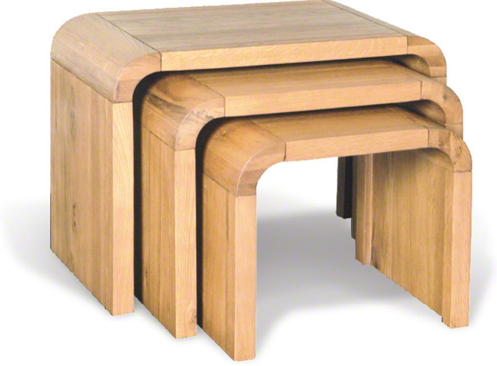 OAK LOUNGE - Nest of 3 Tables