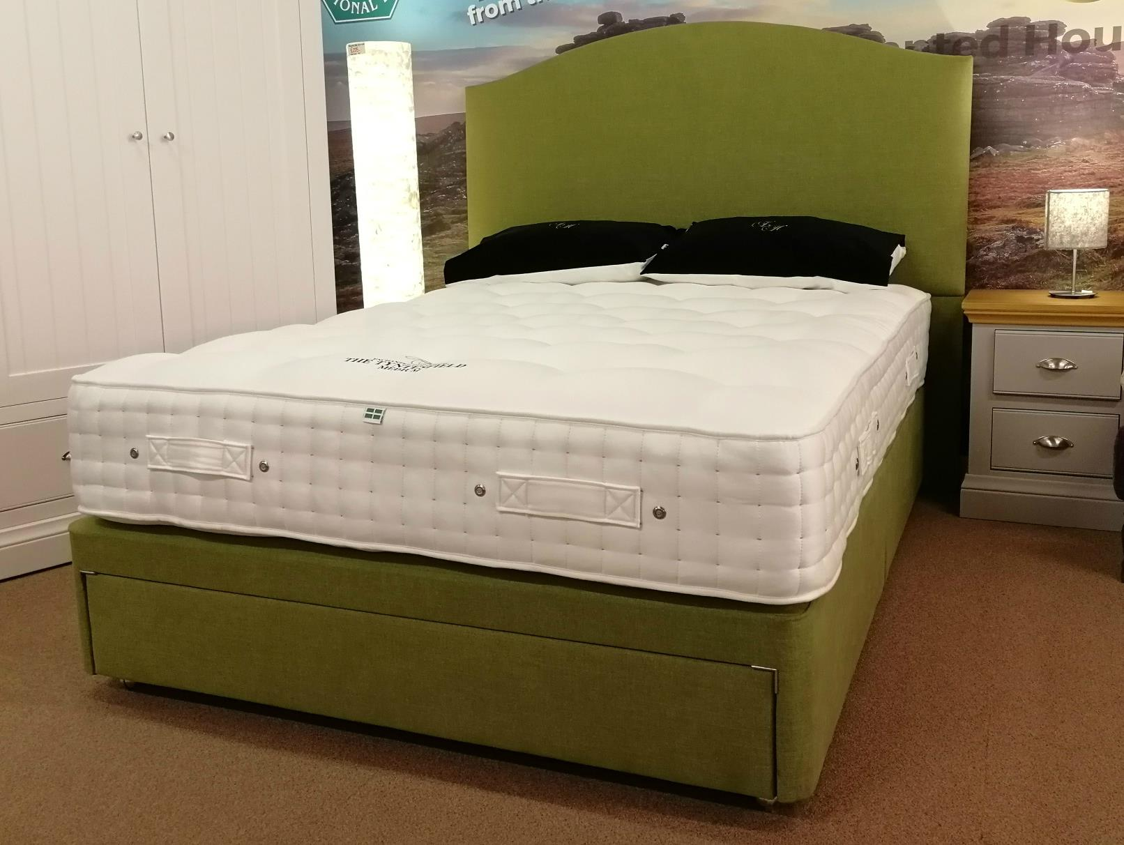 TYNTESFIELD Mattress & Divan sets