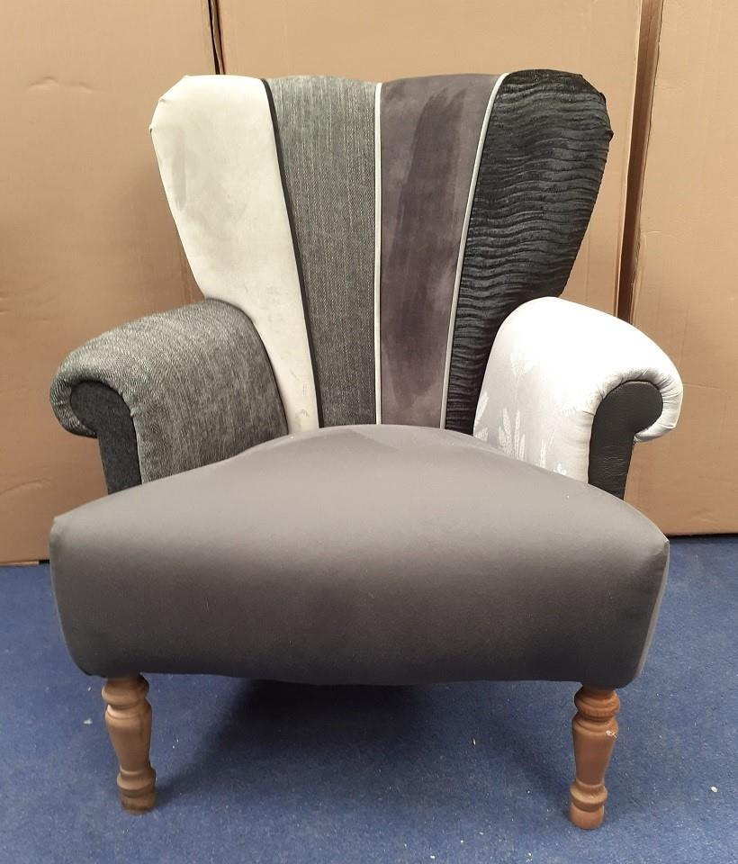 HARLEQUIN Chairs by Hunter Knight - Silver