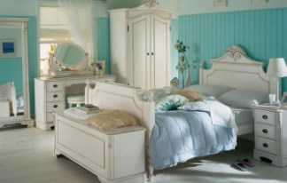 AMORE Italian Style Bedroom Furniture by TCH