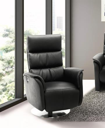 JUTLAND Leather Swivel Chair