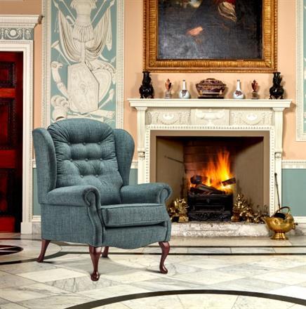 LYNTON - Fireside High Chair