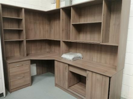 Corndell - PURE OFFICE - Corner Group Plum