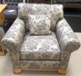 Old Charm - Lavenham - Medium Sofa and Chair